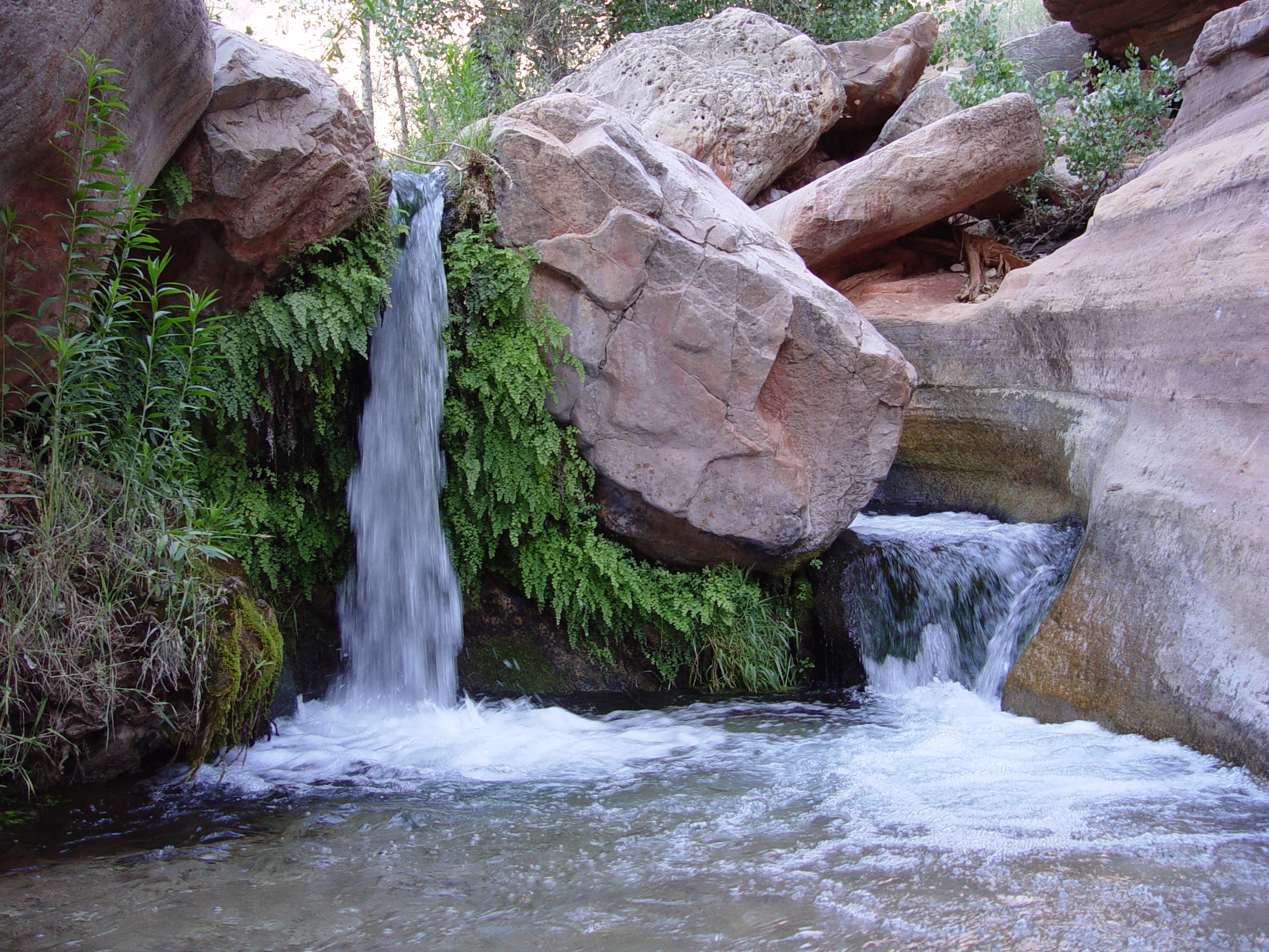 Deer creek for Pictures of small waterfalls