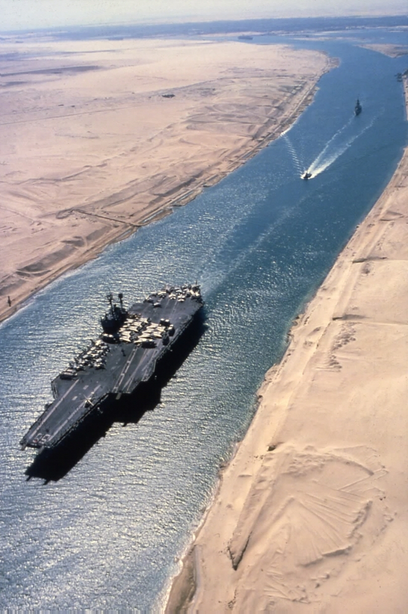 external image Suez%20Canal%20today.jpg